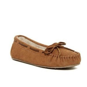 Minnetonka Moccasins Fur Suede Leather Slippers